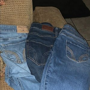 🚫SOLD🚫 THREE HOLLISTER SKINNY JEANS FOR $40